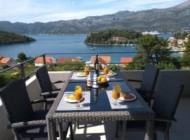 Rusmarin Premium Suite, hotel with pools in Korčula