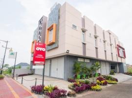 OYO 871 Aira Costel, hotel di Cianjur