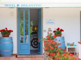Hotel Brigantino, hotel near Marina di Campo Airport - EBA,
