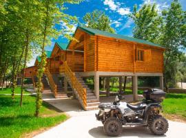 Ethno village Moraca - Skadar lake, hotel in Vranjina