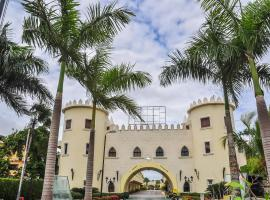 Aparthotel Castillo Real, hotel near Cocotal Golf and Country Club, Punta Cana