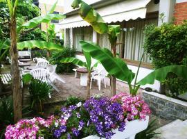 Hotel Villa Claudio, hotel a Marina di Massa