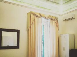 Le Suite del Teatro cucina privata, homestay in Taranto