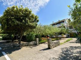Apartments Mrva, hotel v destinaci Ugljan