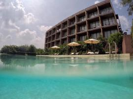 The Glory River Kwai Hotel, hotel in Kanchanaburi City