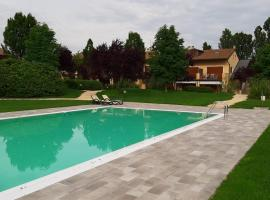 Apartment Golf Sweet Days Peschiera del Garda, golf hotel in Peschiera del Garda