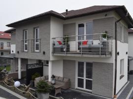 Sunrise Apartaments – hotel w Rowach