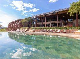 Melia Serengeti Lodge، فندق في Banagi