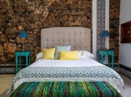 El Charco Suites, hotel en Arrecife