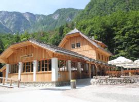 Planinski dom Savica, hotel v Bohinju