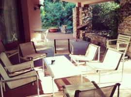 Town & Country Guest House B&B, guest house in Sassari