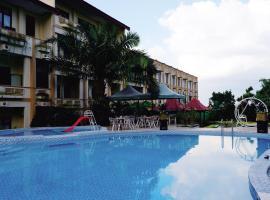 Zamzam Hotel and Resort, hotel di Batu