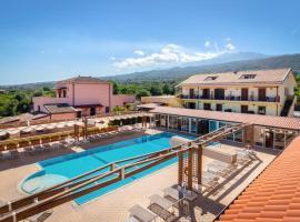 La Terra Dei Sogni Country Hotel, hotell i Fiumefreddo di Sicilia