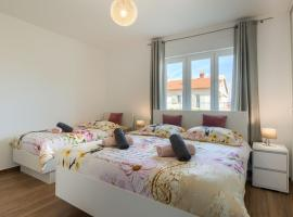 Esther Apartment, hotel near Pula Bus Station, Pula