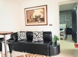 New Cozy Apartment in the Poblado, San Lucas, apartment in Medellín
