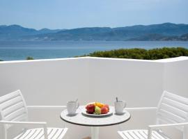 Naiades Marina Hotel, hotel din Agios Nikolaos