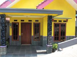 Homestay Melati Kota Batu, accessible hotel in Batu