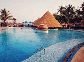 Senegambia Beach Hotel, hotel in Sere Kunda NDing