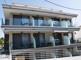 4-you Boutique, hotel in Metamorfosi