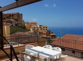 Petra Marina Suite, apartment in Pisciotta