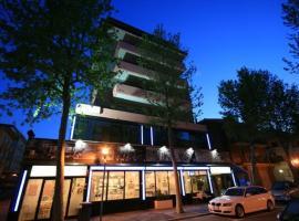 HOTEL JOHN, hotel a Rimini, Marebello