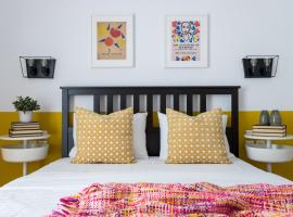 Urban Athens Apartment, hotel near National Theatre of Greece, Athens