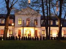 Hotel Dwór Kościuszko, hotel a Cracovia, Pradnik Bialy