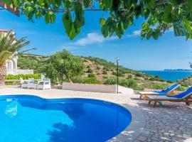 Villa Palma, pet-friendly hotel in Sitia