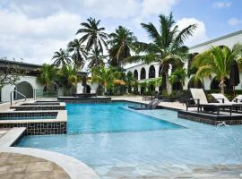 Talk of the Town Beach Hotel & Beach Club by GH Hoteles, hotel near Queen Beatrix International Airport - AUA,