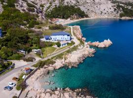 Apartments Lavanda - Kricin, pet-friendly hotel in Baška