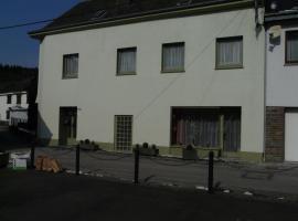 Ten Huize Peckeneck, apartment in Burg-Reuland
