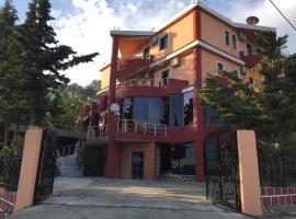 Hotel Moris, hotel in Durrës