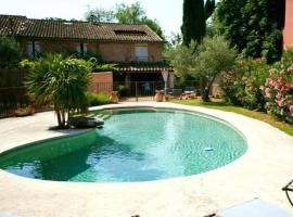 La haute verrerie, hotel with pools in Le Cannet-des-Maures