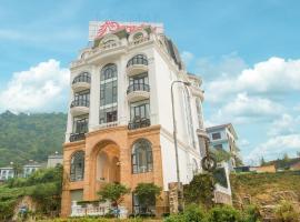 PARADISE HOTEL, hotel in Tam Ðảo