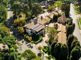 Vila Suzana Parque Hotel, pet-friendly hotel in Canela