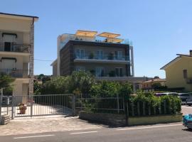 Hotel Paradiso, hotel in Bardolino