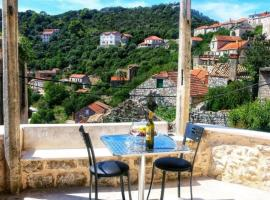 Accommodation Santor, holiday home in Lastovo