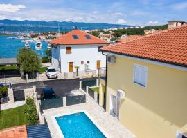 Beach VILLA OASIS With Swimming Pool, SUP & Seaview, hotel in Klimno