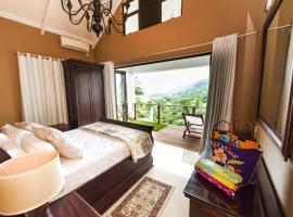 Coconut Climb, hotel near Morne Seychellois, Mahe