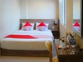 OYO 984 Maleo Guest House, hotel di Ambon