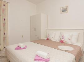 Apartmani Sol, apartment in Makarska