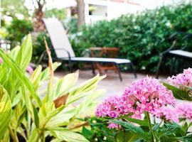 DeSoto Beach Gardens, hotel in Tybee Island