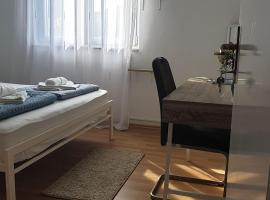 Hostel Melada Dom, hostel in Zadar
