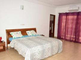 Residence Hotel Riviera Palmeraie, hotel in Abidjan