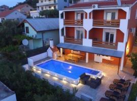 Horus apartman-Rogoznica, hotel with pools in Rogoznica