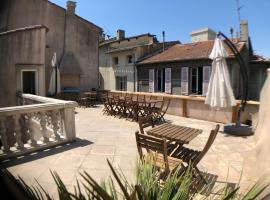 A l'ombre du Palais, self catering accommodation in Avignon