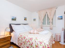Apartments Captain, hotel near Dubrovnik Main Bus Station, Dubrovnik