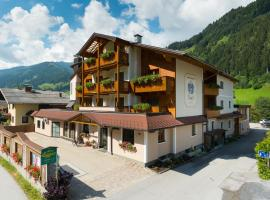 Hotel-Pension Egger, hotel Grossarlban
