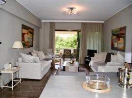 amazing apartment, hotel near Astir Beach, Athens