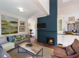 Bartinney Private Cellar Banhoek, apartment in Stellenbosch